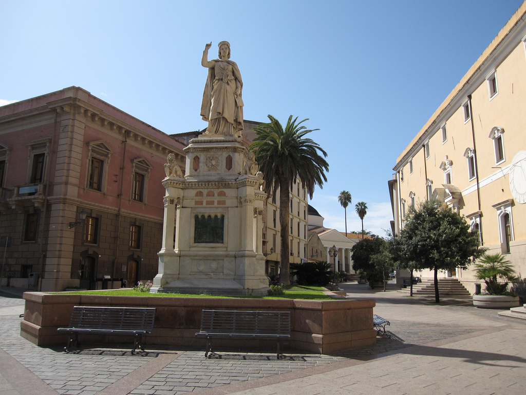 Oristano, Piazza Eleonora | Foto Flickr Jasru (© BY-NC-ND 3.0 IT)