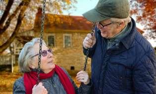 Longevità, il progetto sardo per invecchiare bene in casa propria