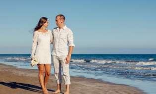 A Cagliari arrivano i matrimoni con i piedi nell'acqua del Poetto