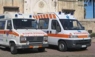 Caos Covid all'ospedale, donna partorisce in tenda