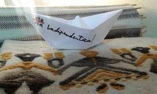 Una barchetta per ricordare la cacciata dei Savoia