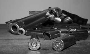 Busta con proiettili e minacce per Pigliaru
