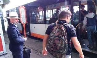 Cagliari, messaggi anti tratta sui bus pubblici
