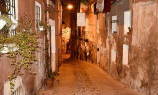 Sardegna, ecco il lockdown di Solinas