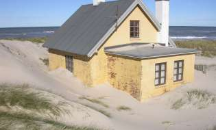 Piano casa sardo: per il governo apre a condono edilizio