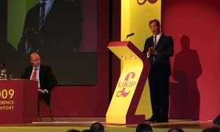 Regno Unito, l'arrivederci di Farage