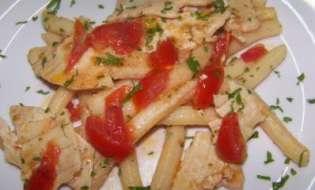 Cucina di Sardegna: Ricetta cannisonis con sfogliatina di pesce spada e pomodori