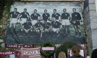 Il Calcio è morto a Superga col grande Torino