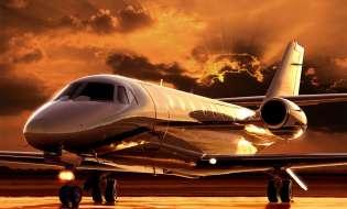 Aerei in Sardegna, per ora volano solo i privati