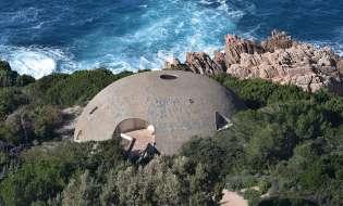 Villa La Cupola di Antonioni e il bene culturale più votato dell'isola
