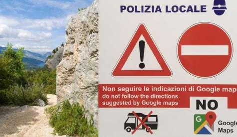 Non seguite quella mappa. In Sardegna i cartelli anti Google Maps