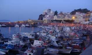 La vostra prossima vacanza è in barca all'Isola di Ponza? Ottima scelta