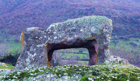 Domus de Janas: la necropoli di Sant'Andrea Priu