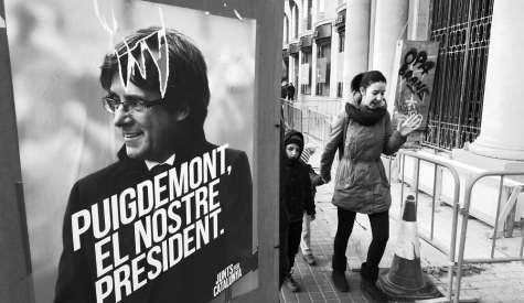 Choc ad Alghero, Puigdemont in manette: l'ira degli indipendentisti